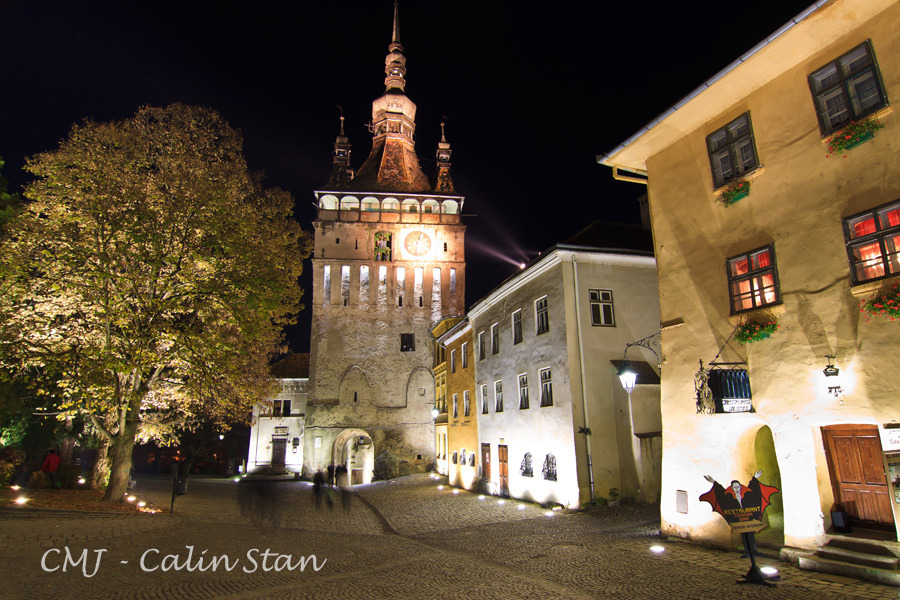 sighisoara-walled-town.jpg